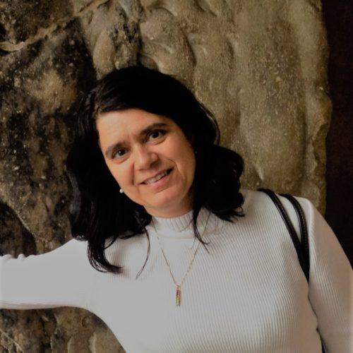 Débora Peres Menezes